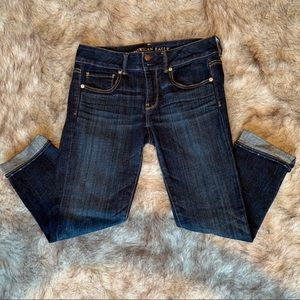 Comfy Cropped Cuffed Jeans